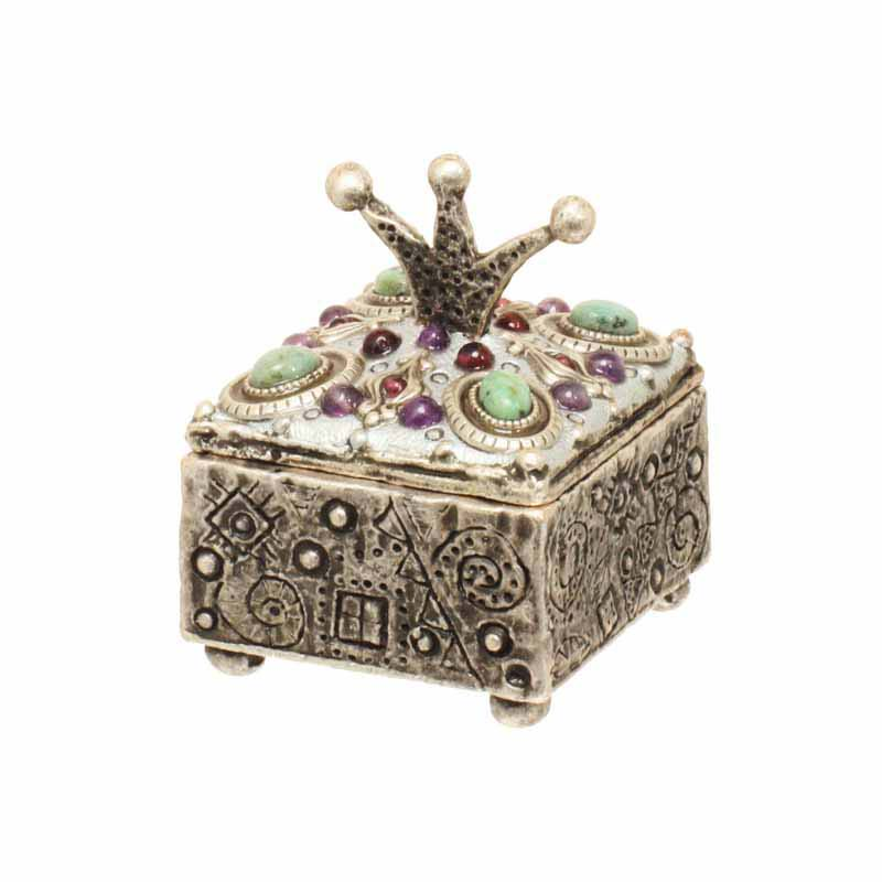 Square crown top silver jewelry box, handmade at Michal Golan studios USA