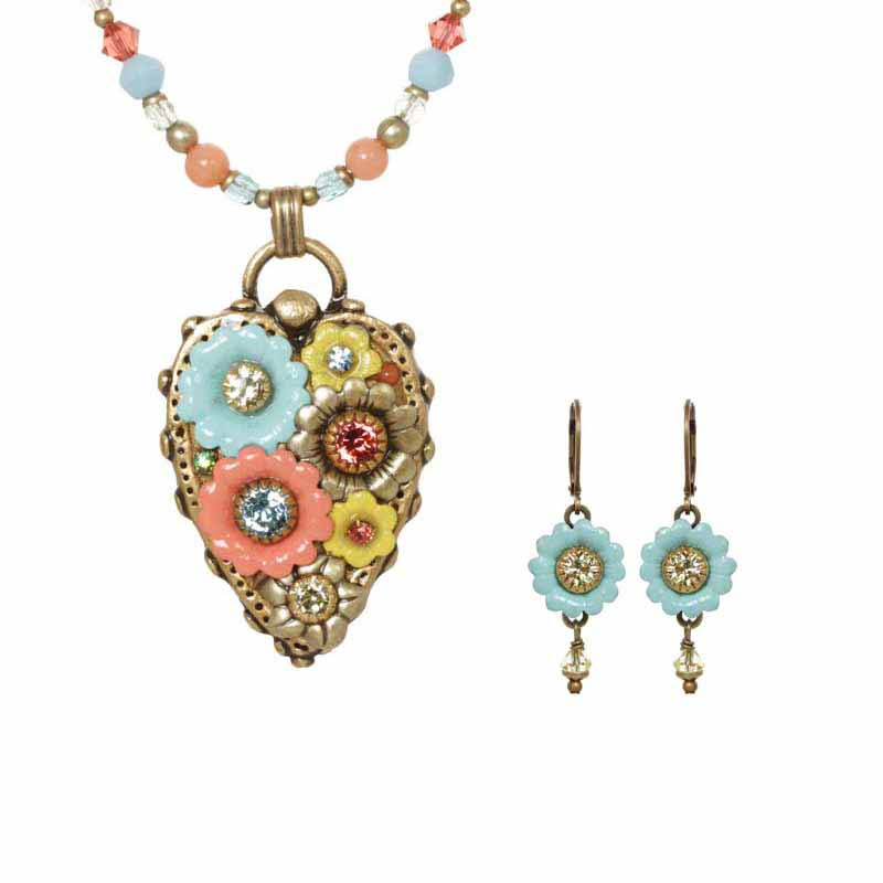 Multiflower necklace & lever back earrings set