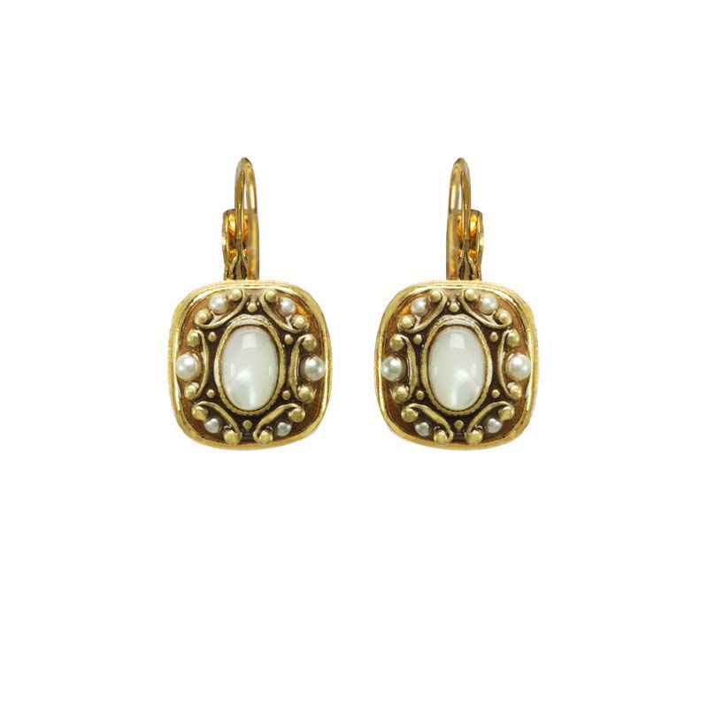 Elegante Square Earrings