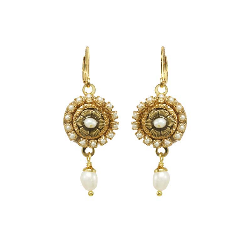 Elegante Flower Dangle Earrings