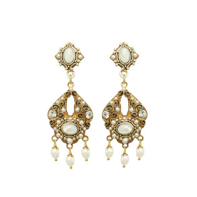 Elegante Chandelier Earrings