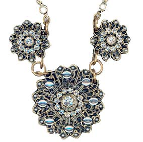 Deco Multi Flower Necklace