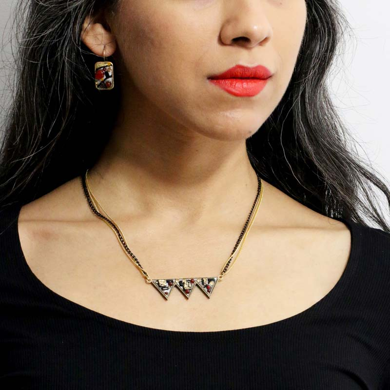 Abstract Triple Spiked Necklace
