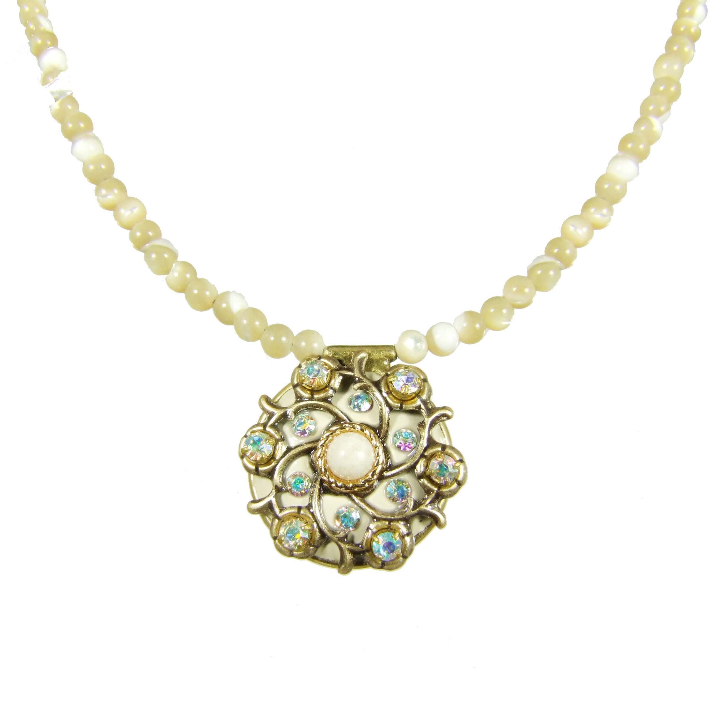 Riverstone Small Circle Necklace