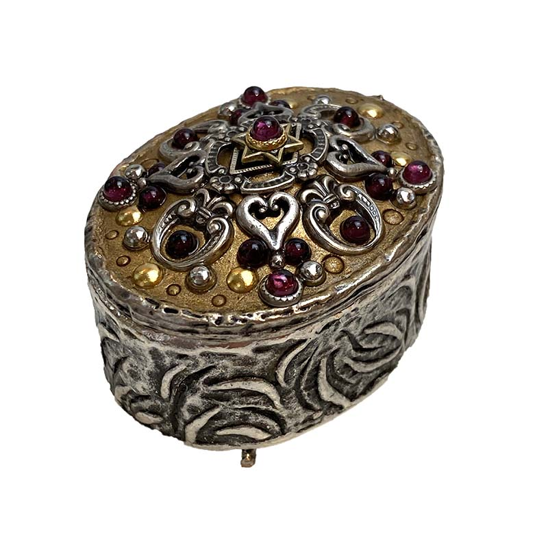 Garnet and Gold Oval Jewelry Box