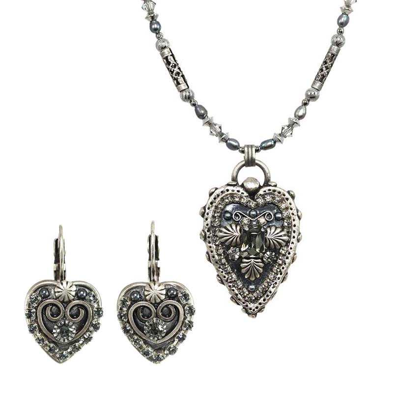 Dark Crystal Heart Necklace & Earrings Set