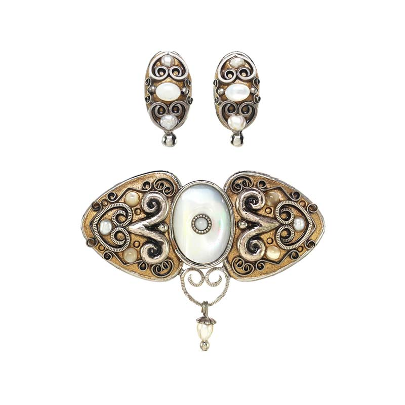 Gold and Pearl Brooch and Clip Earrings Set
