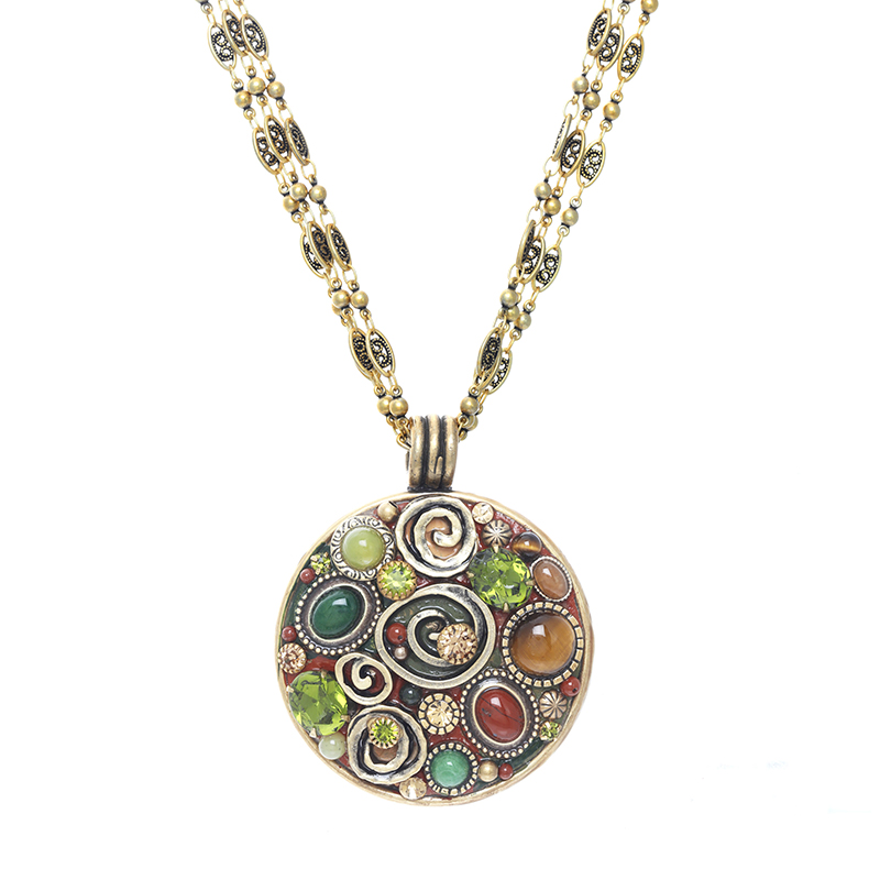 Evergreen Large Circle Necklace